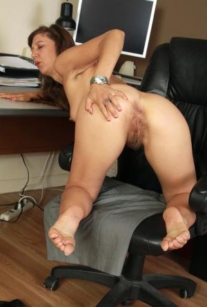 Hairy Toe Porn