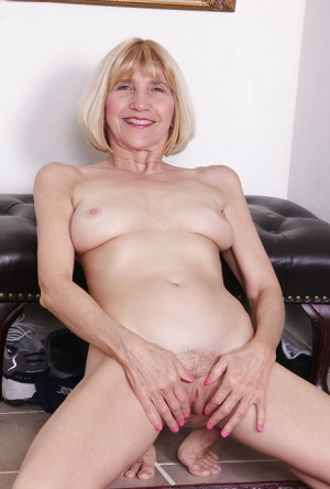 Hairy Pussy Squirting Porn