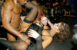 Hairy Pussy Party Porn