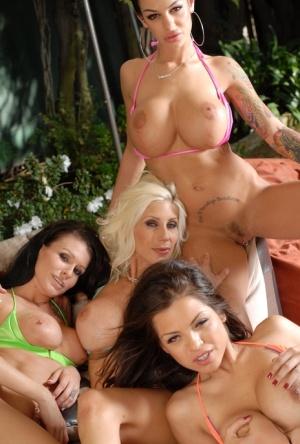 Hairy Lesbian Orgy Porn