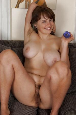 Hairy Dildo Porn