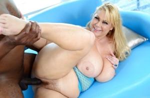 SSBBW Hairy Pussy Porn